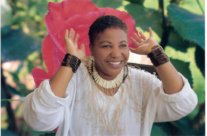 poeta angolana amelia dalomba